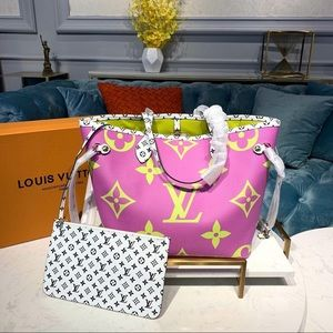 Louis Vuitton giant neverfull purple